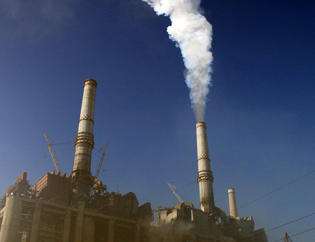 HOLD_151209965_AR_-1_BJCZHESBCZOM - pollution_i.jpg