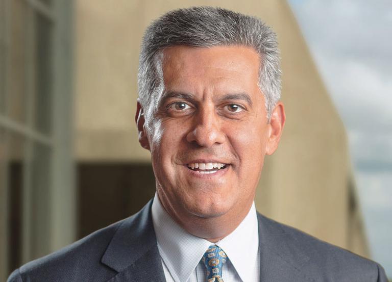 HCA CEO donating salary to employee fund
