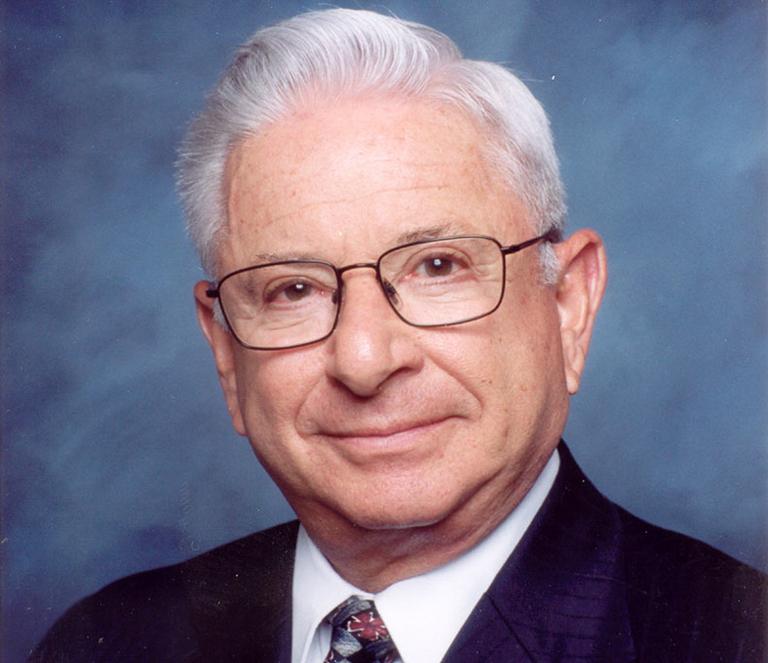 California HMO pioneer Howard Davis dies
