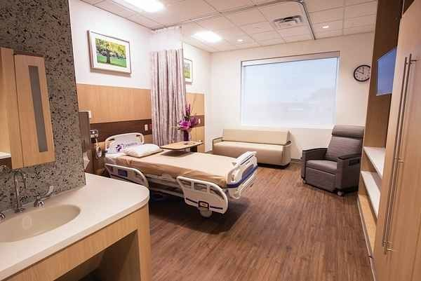 Nurses fight to protect psychiatric care at Brooklyn hospital