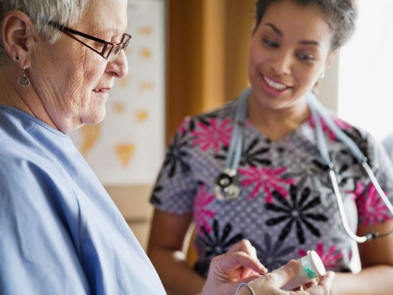 Low-staffed nursing homes linked to more readmissions, GAO reports