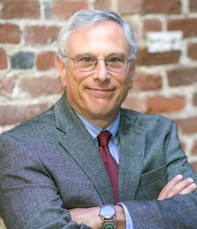 Dr. Robert Nussbaum