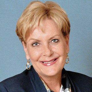 Cynthia Hundorfean