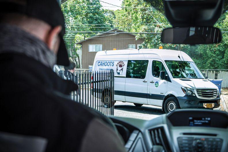 A Cahoots mobile crisis van.