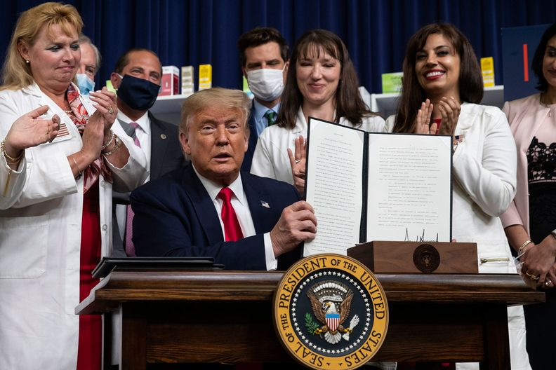 White House expands international reference pricing to pharmacy drugs