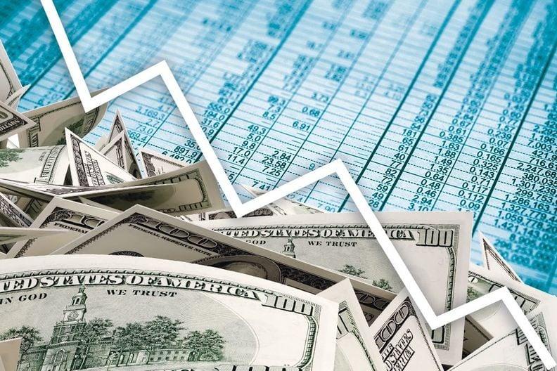finance_arrows_down_WEB_i_i.jpg